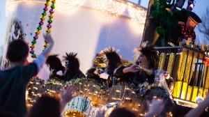 the-krewe-of-centaur-mardi-gras-parade_24631696713_o